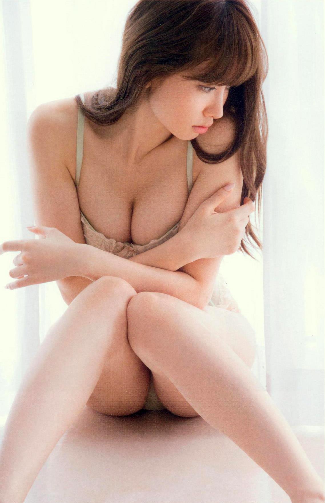 小嶋陽菜 ランジェリー画像 27