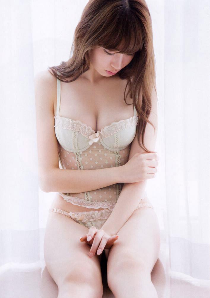 小嶋陽菜 ランジェリー画像 34