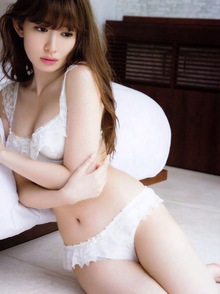 小嶋陽菜 ランジェリー画像 38