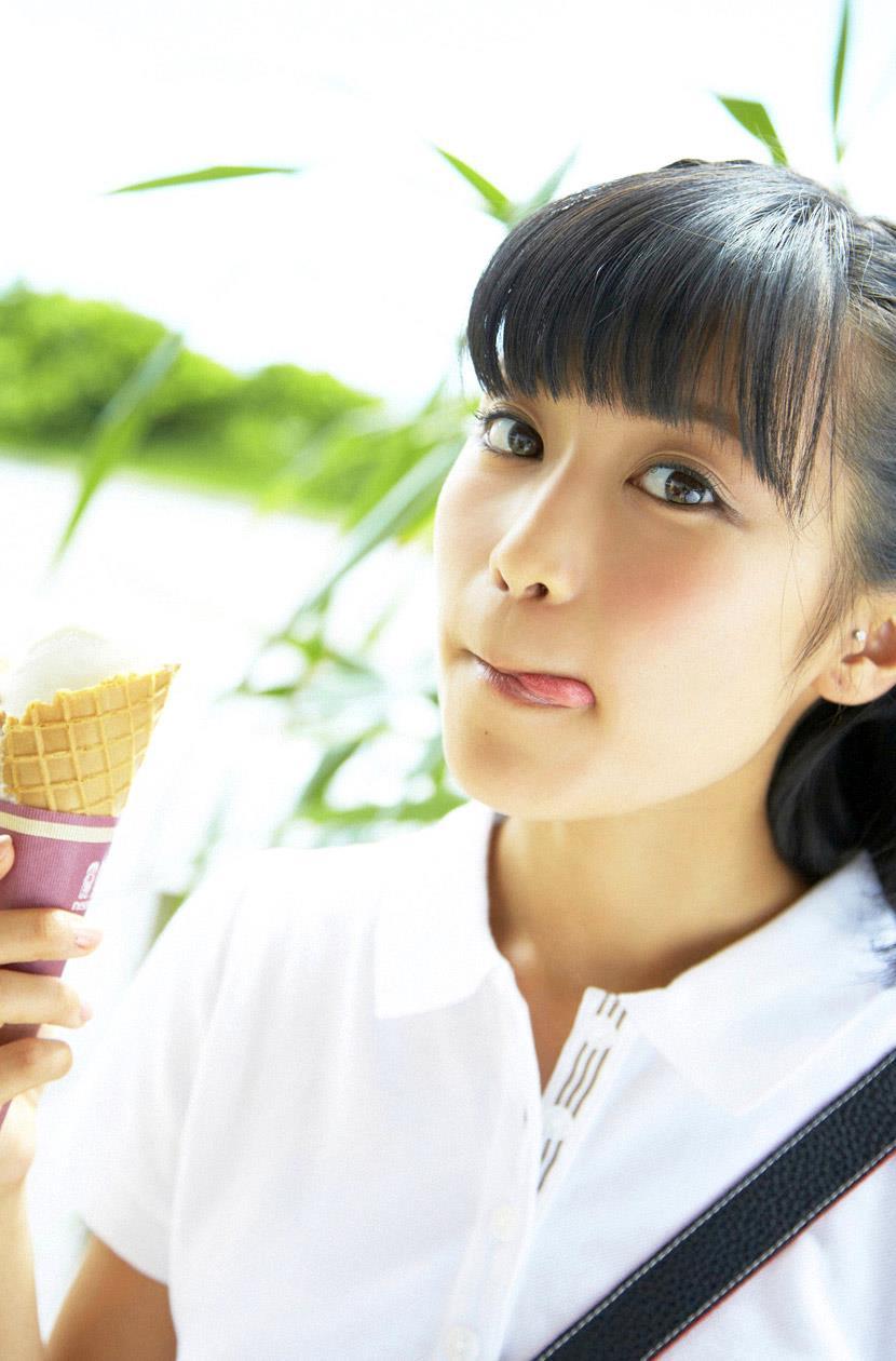 小島瑠璃子 エロ画像 4