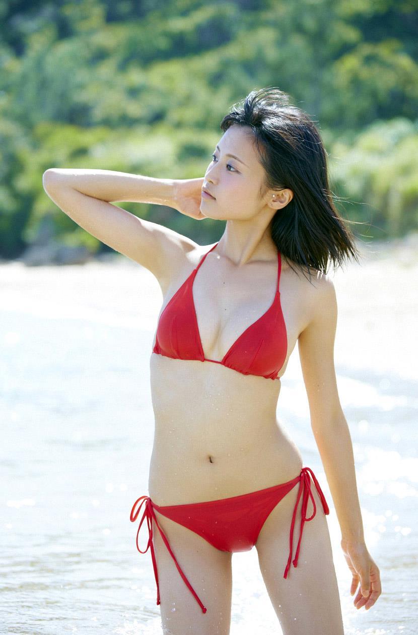 小島瑠璃子 エロ画像 32