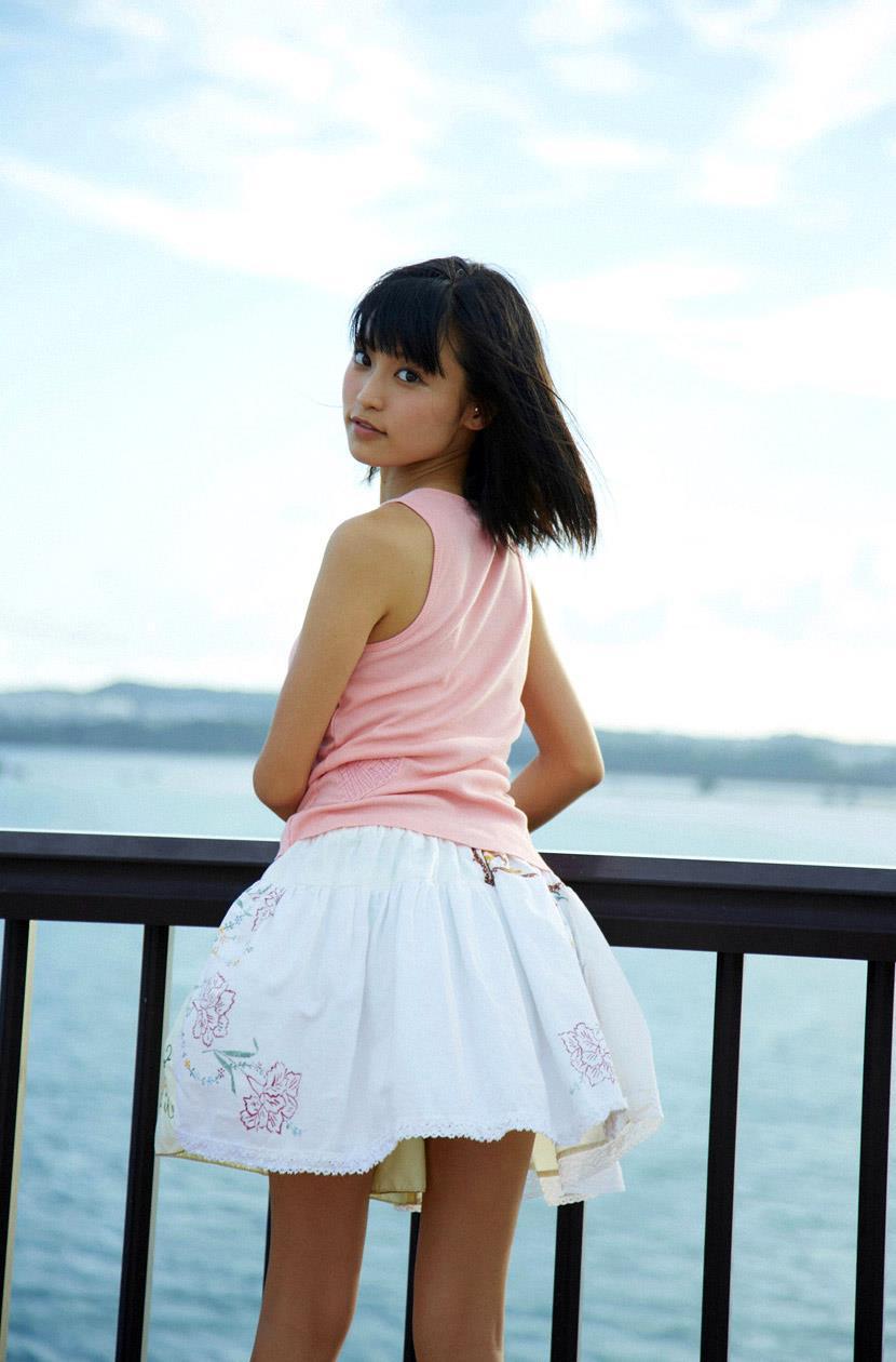 小島瑠璃子 エロ画像 39