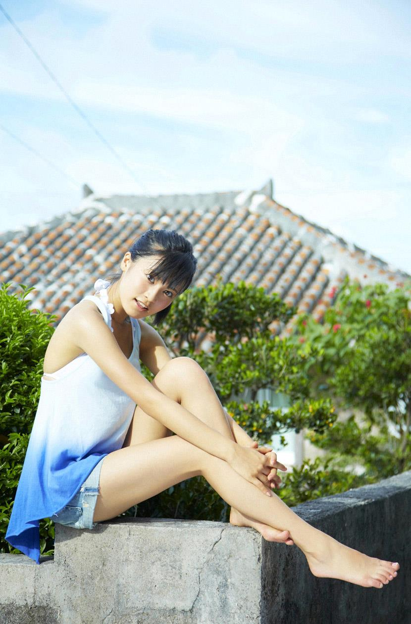 小島瑠璃子 エロ画像 47