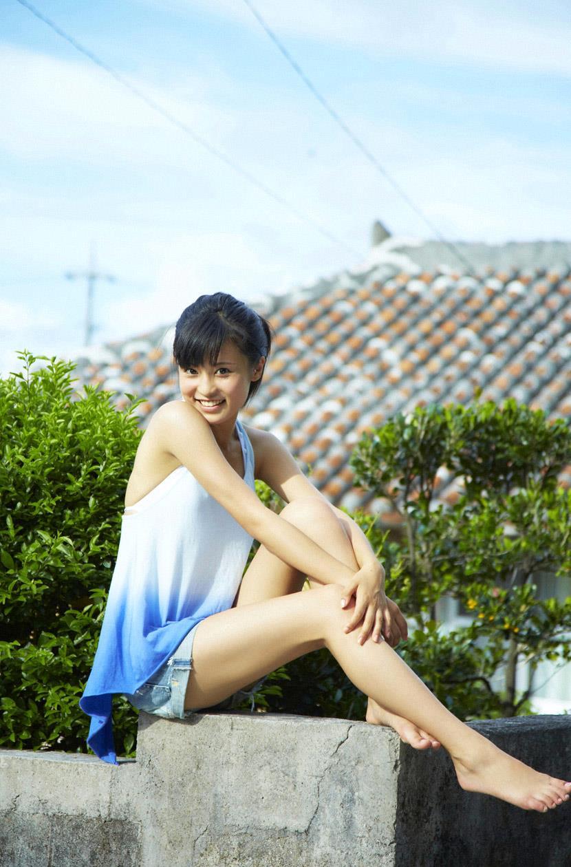小島瑠璃子 エロ画像 48