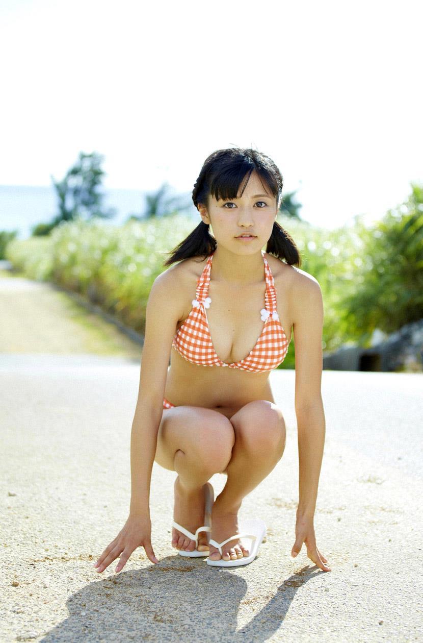 小島瑠璃子 エロ画像 68