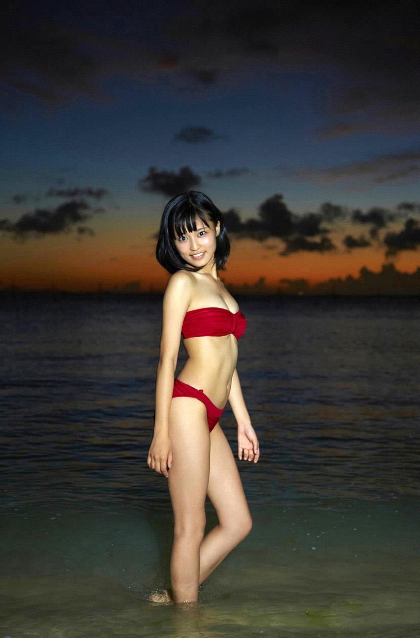 小島瑠璃子 エロ画像 81