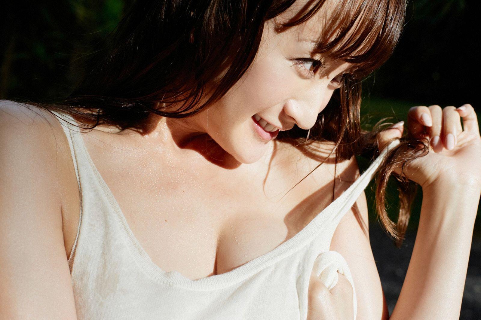 小松彩夏 エロ画像 20