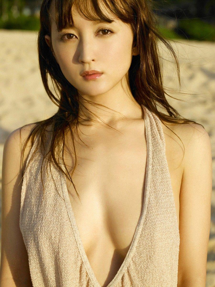 小松彩夏 エロ画像 86