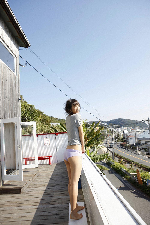 小松彩夏 セクシー画像 1