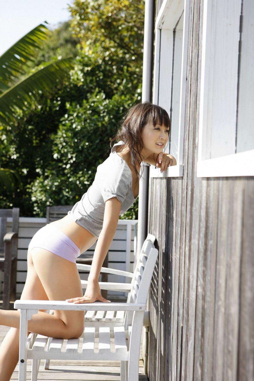 小松彩夏 セクシー画像 2