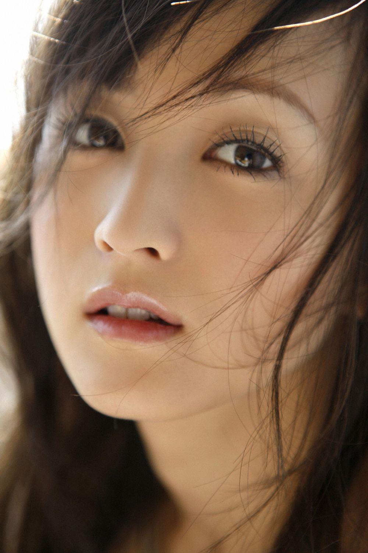 小松彩夏 セクシー画像 39