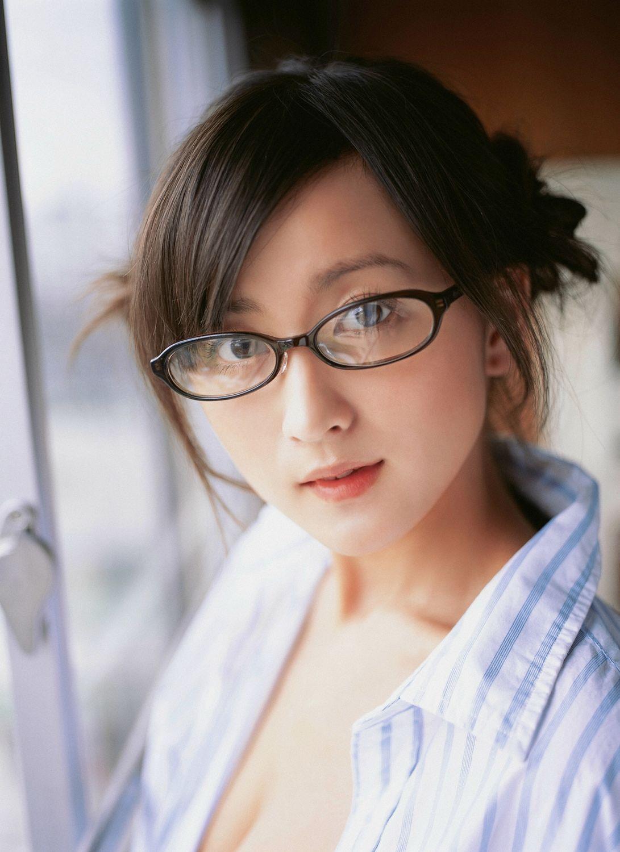 小松彩夏 セクシー画像 87