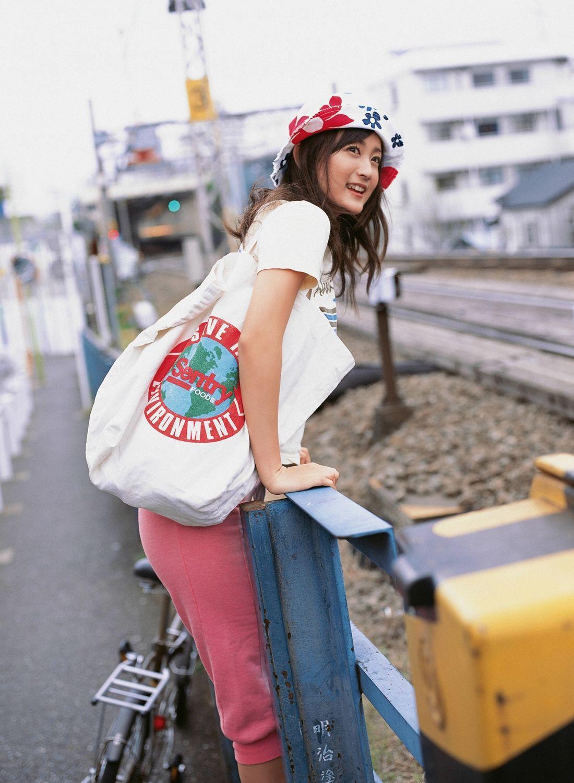 小松彩夏 セクシー画像 92