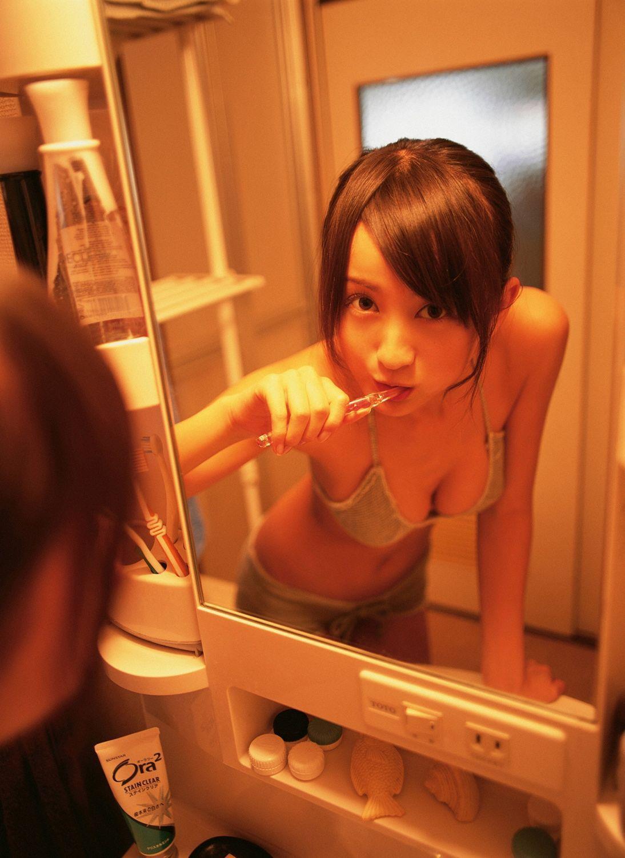 小松彩夏 セクシー画像 102