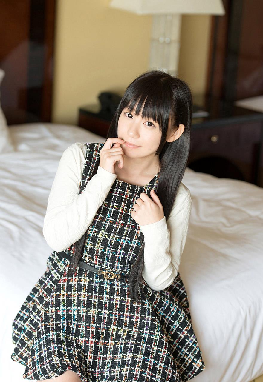 小西まりえ ニーハイSEX画像 20