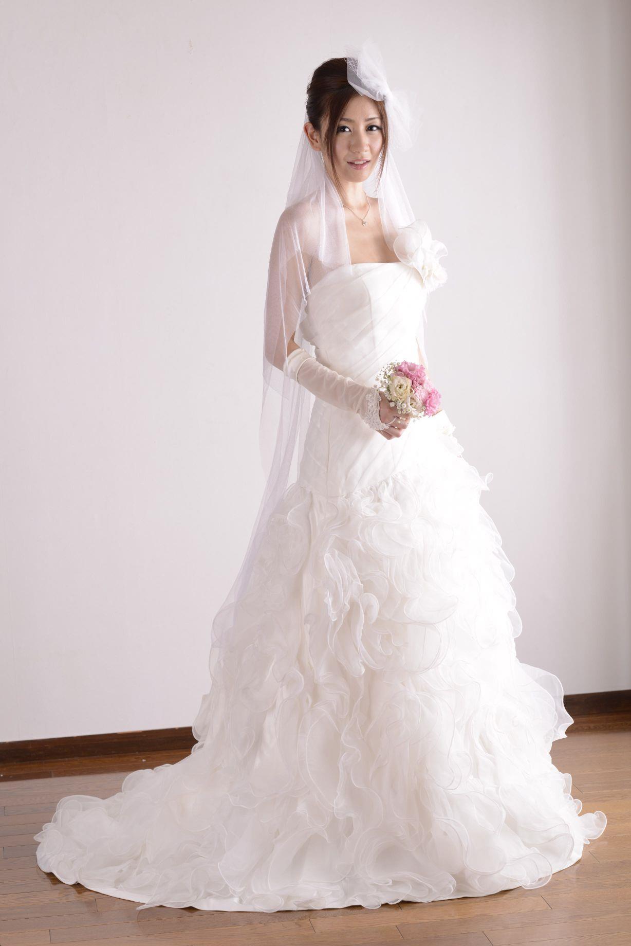 前田かおり ウェディングドレス画像 29