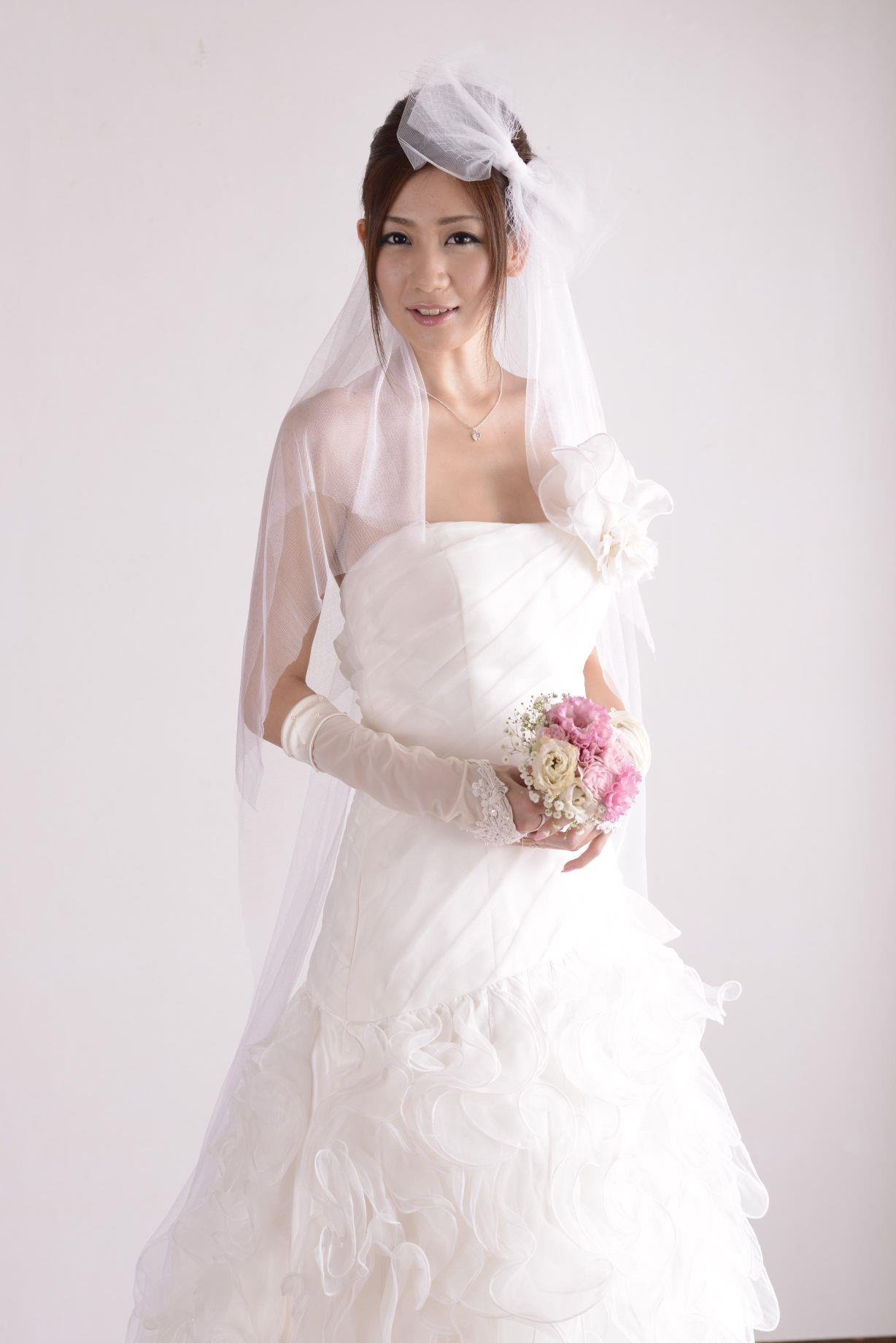 前田かおり ウェディングドレス画像 31