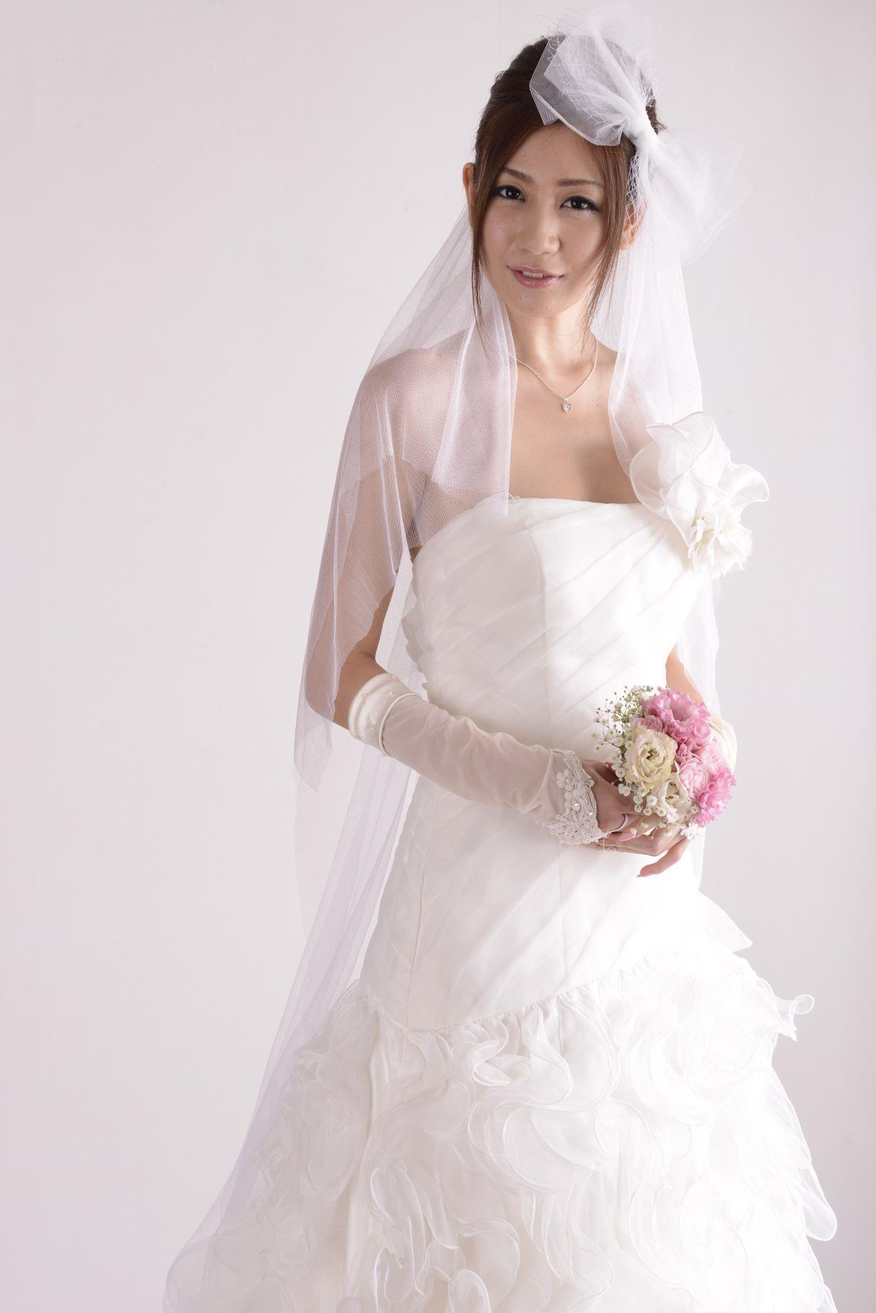 前田かおり ウェディングドレス画像 33