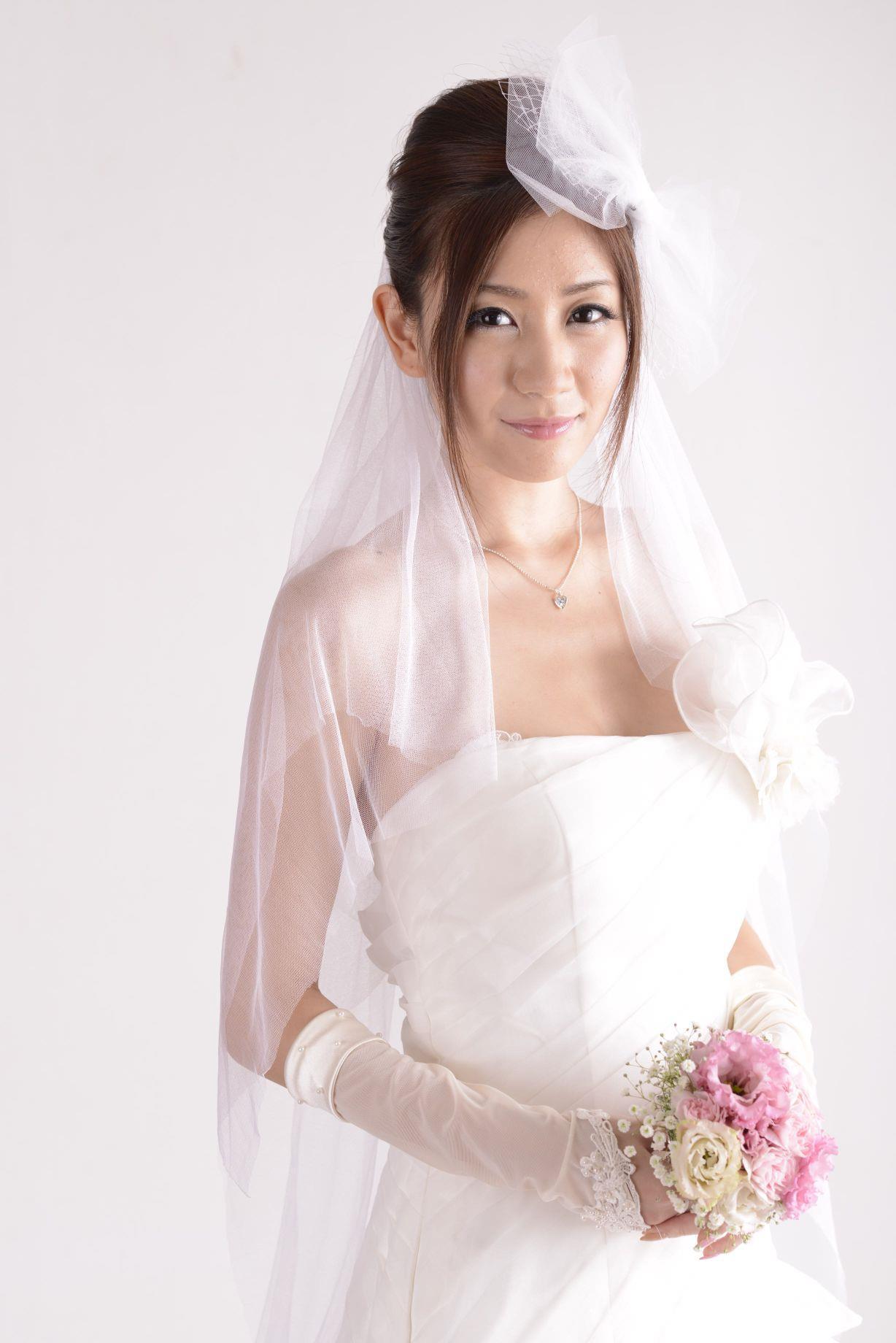 前田かおり ウェディングドレス画像 35