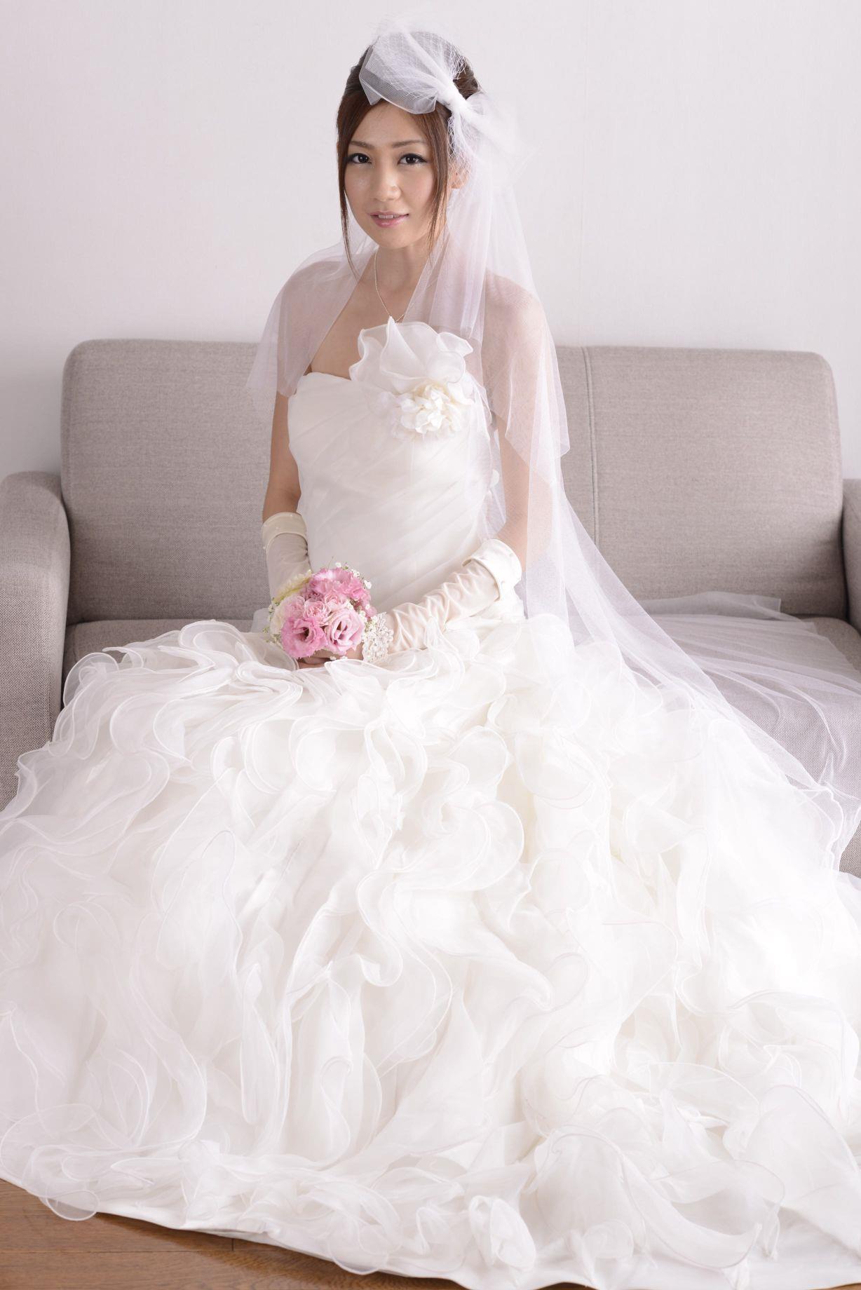 前田かおり ウェディングドレス画像 37