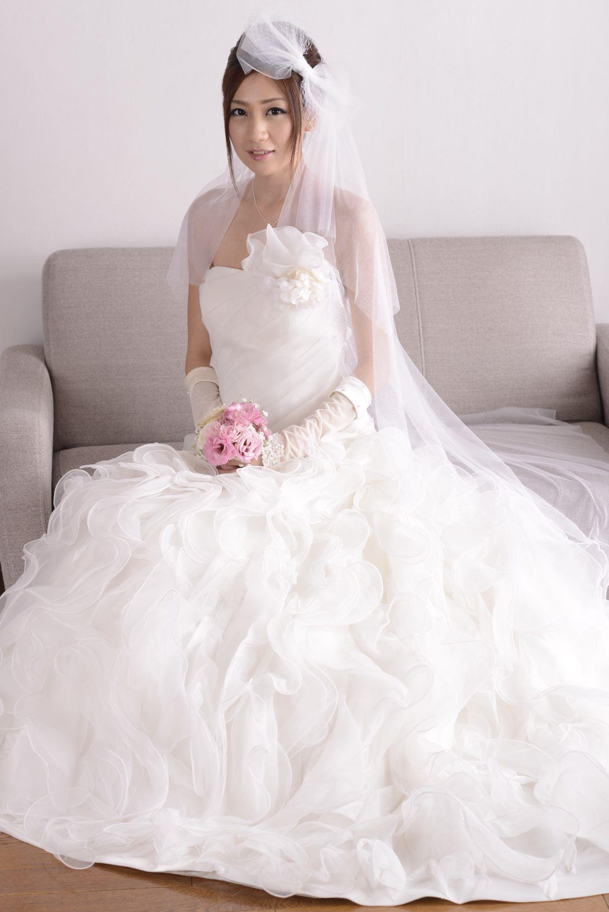 前田かおり ウェディングドレス画像 38