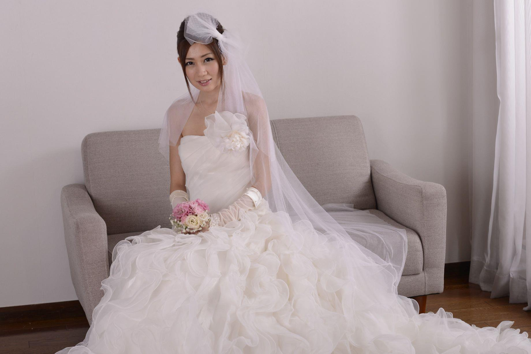 前田かおり ウェディングドレス画像 44