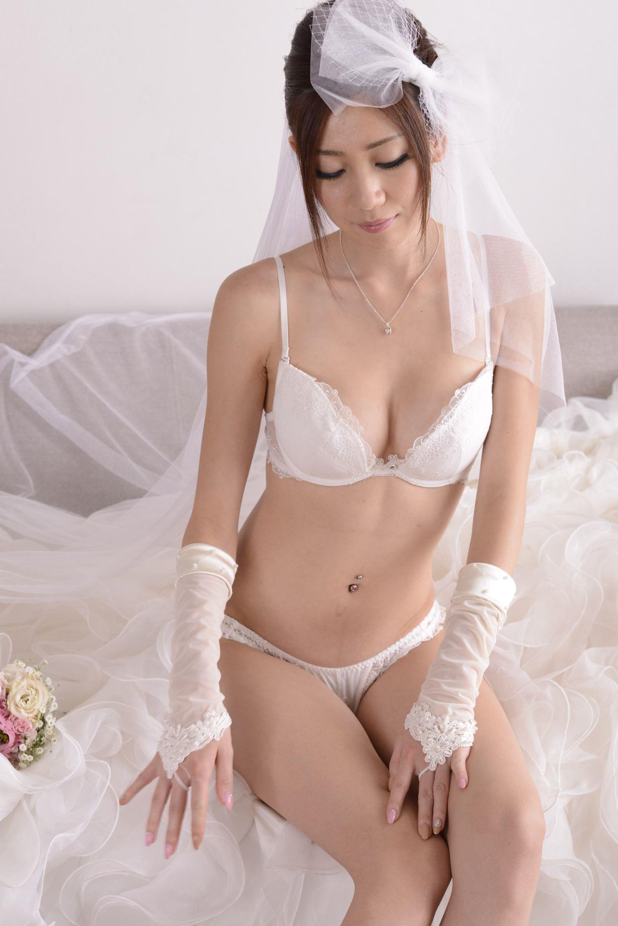 前田かおり ウェディングドレス画像 56