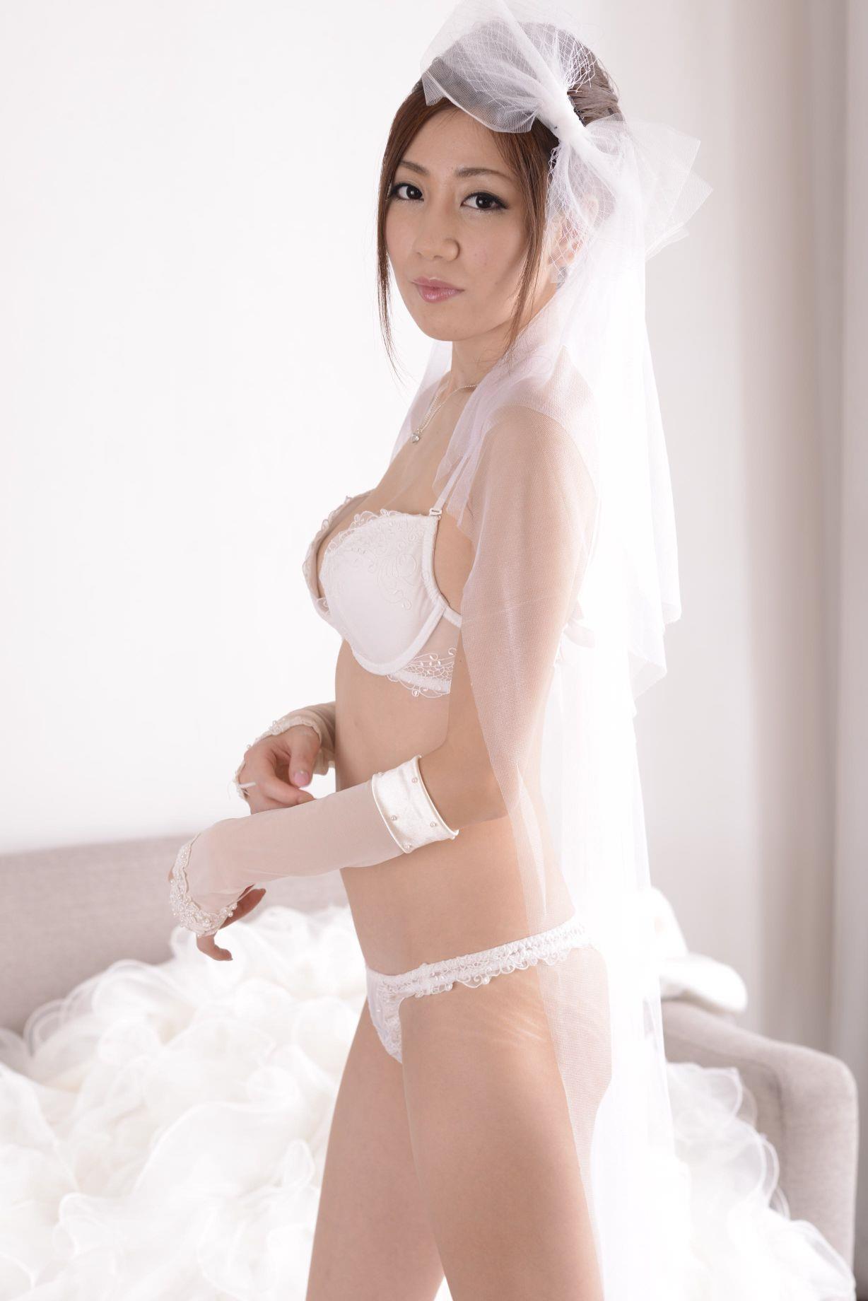 前田かおり ウェディングドレス画像 62