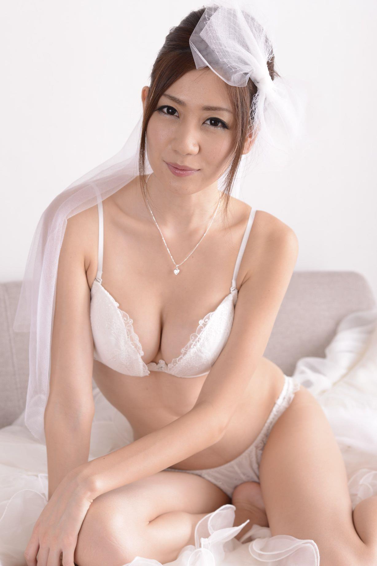 前田かおり ウェディングドレス画像 72
