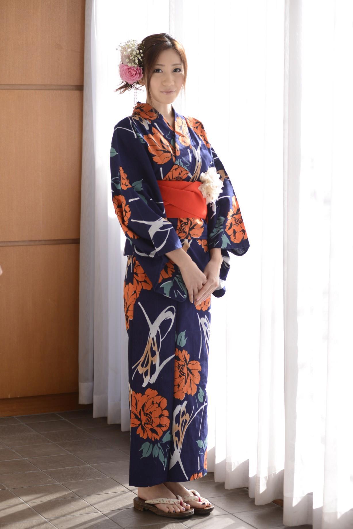 前田かおり エロ画像 2