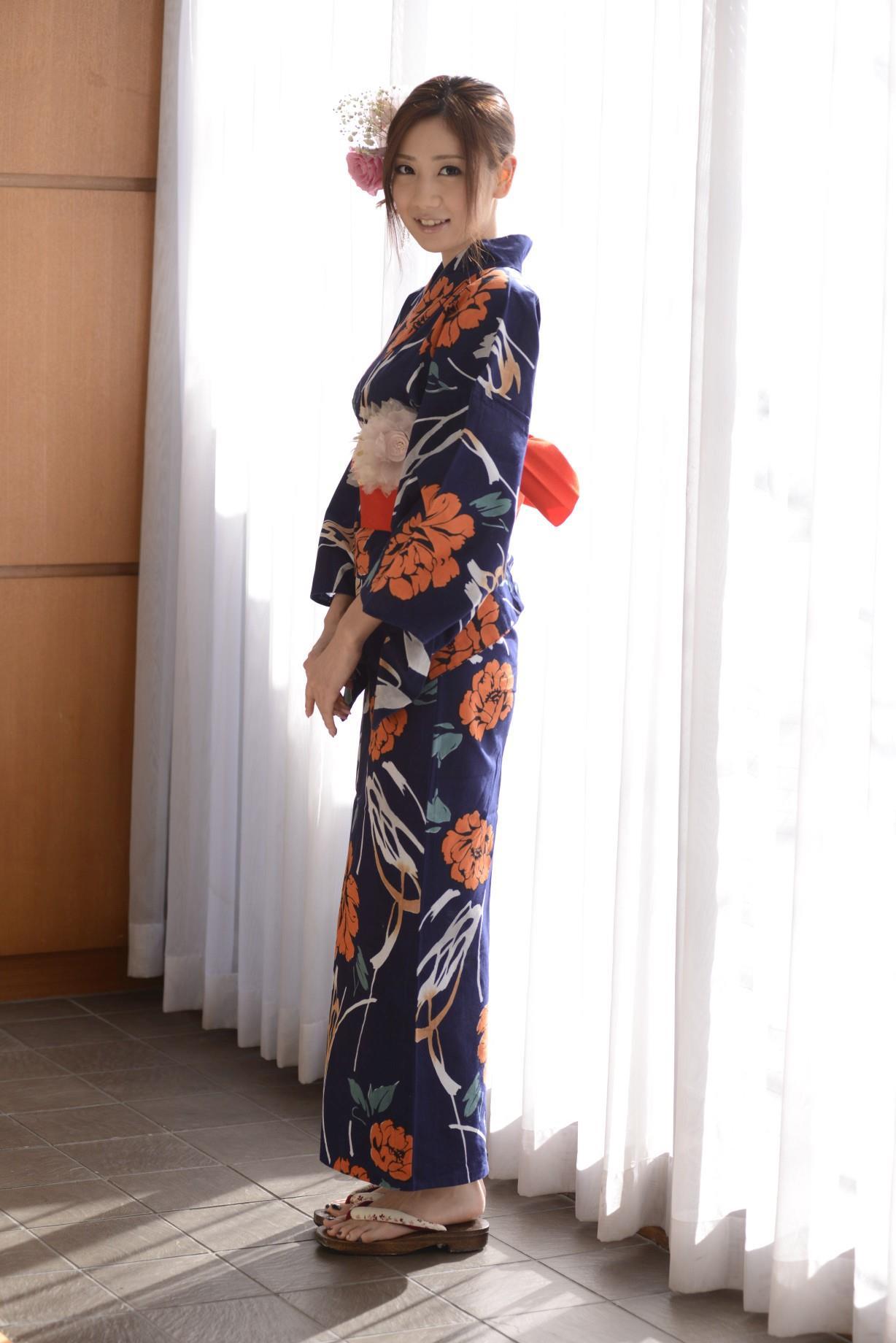 前田かおり エロ画像 3