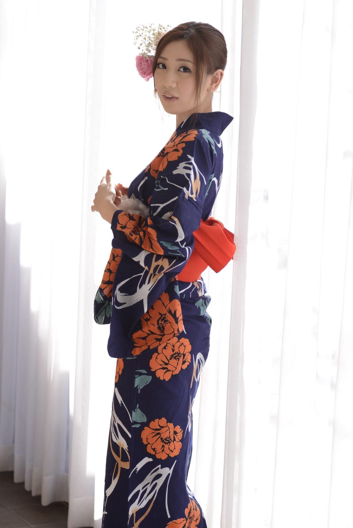 前田かおり エロ画像 4