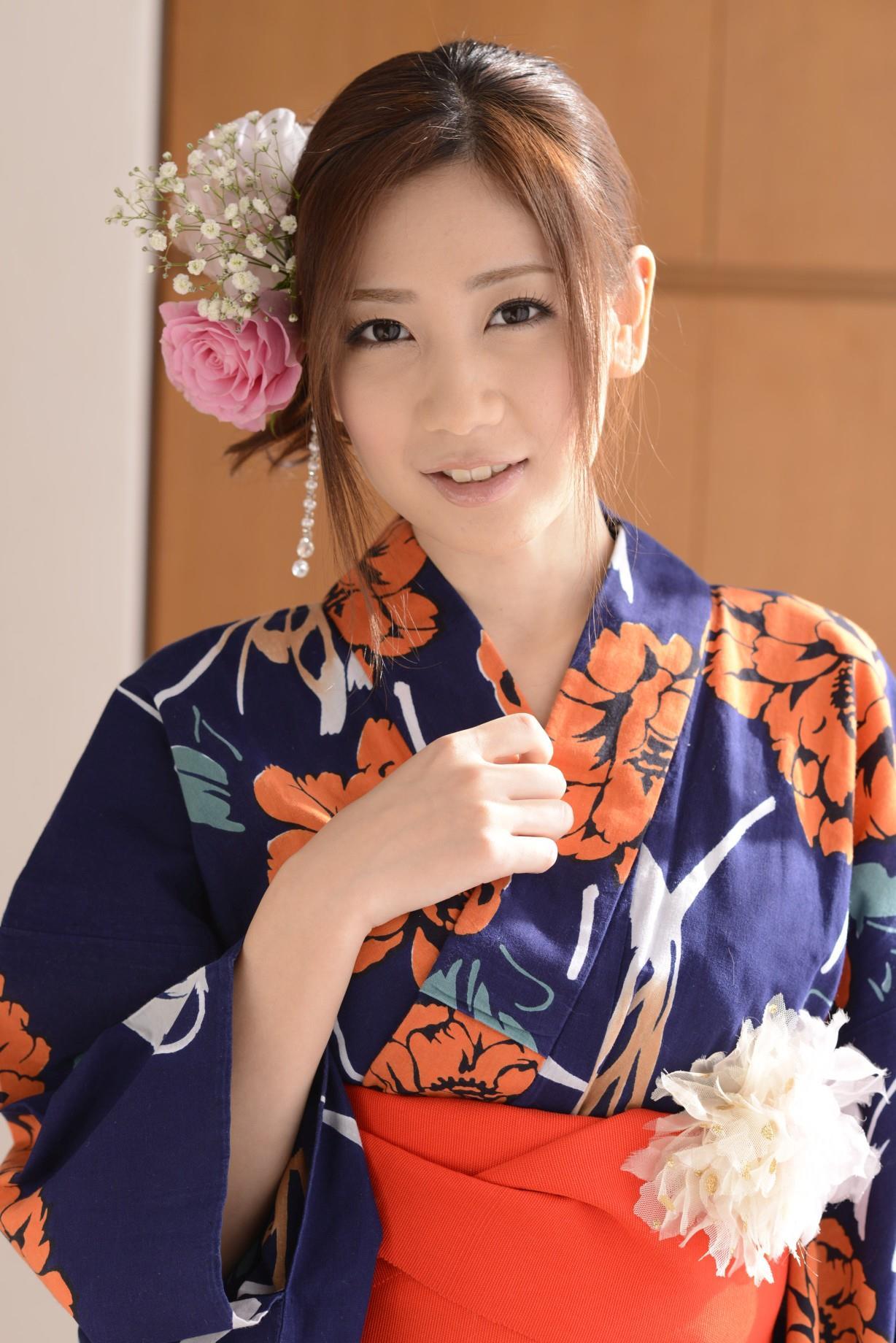 前田かおり エロ画像 10