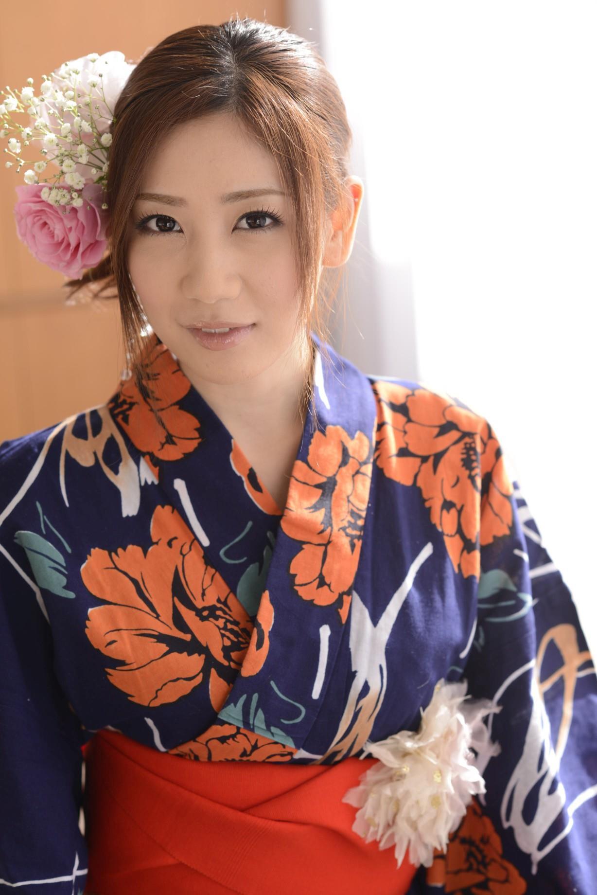 前田かおり エロ画像 21