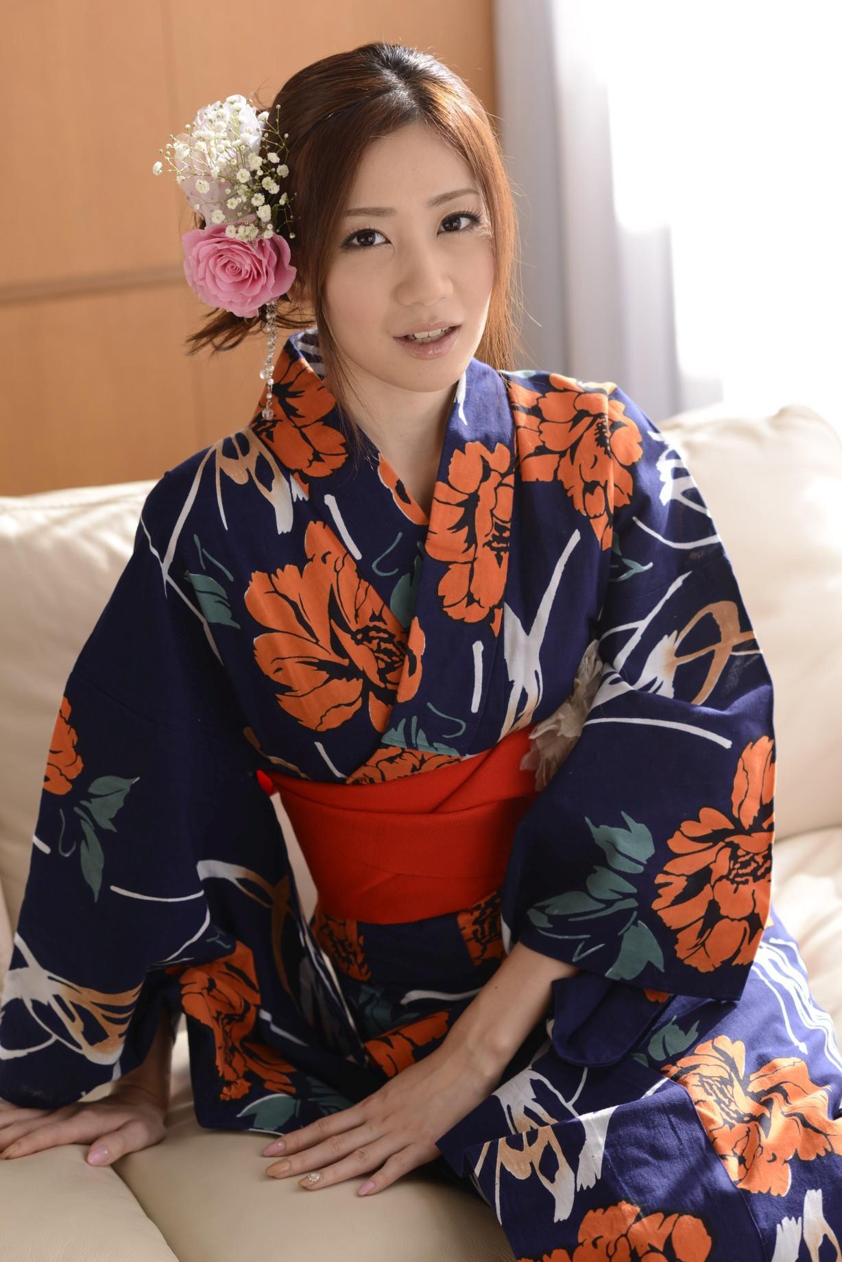 前田かおり エロ画像 26