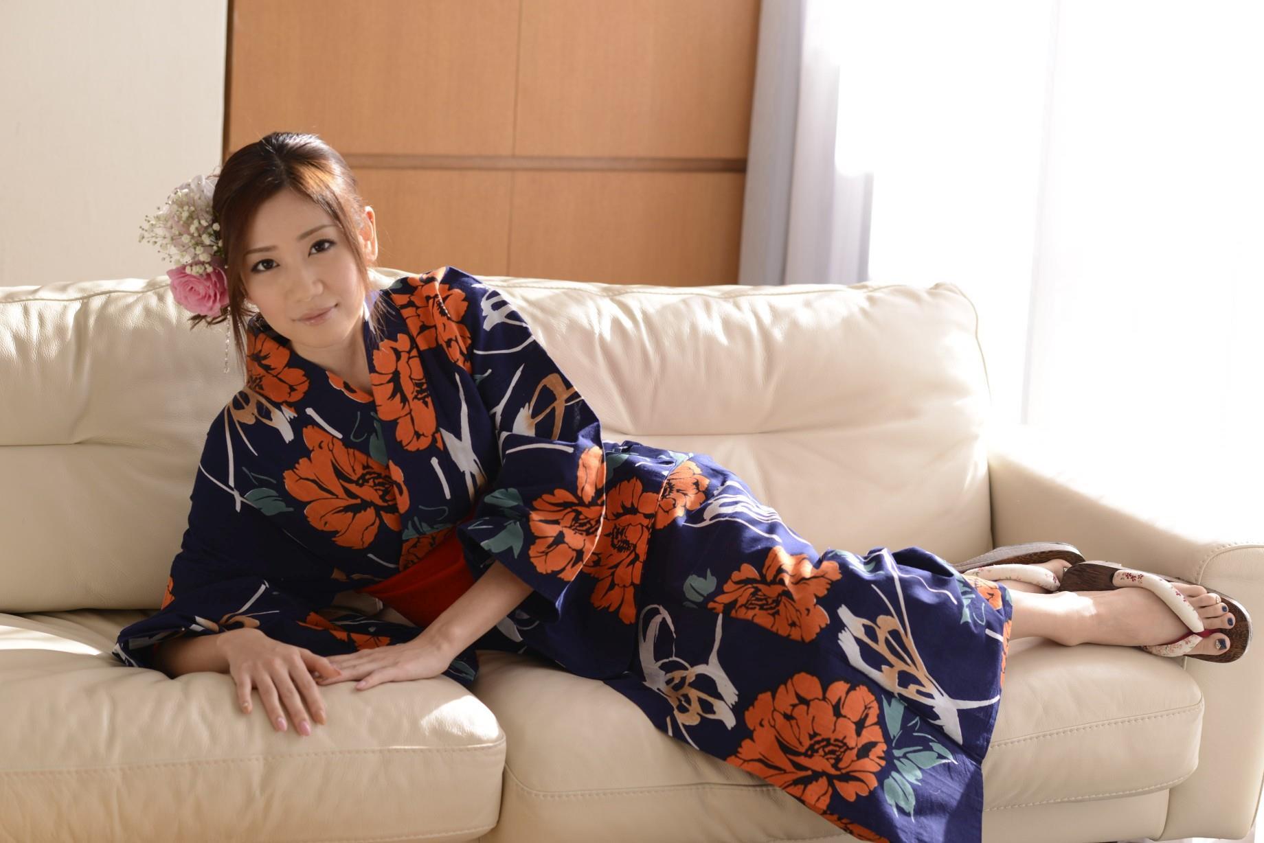 前田かおり エロ画像 28