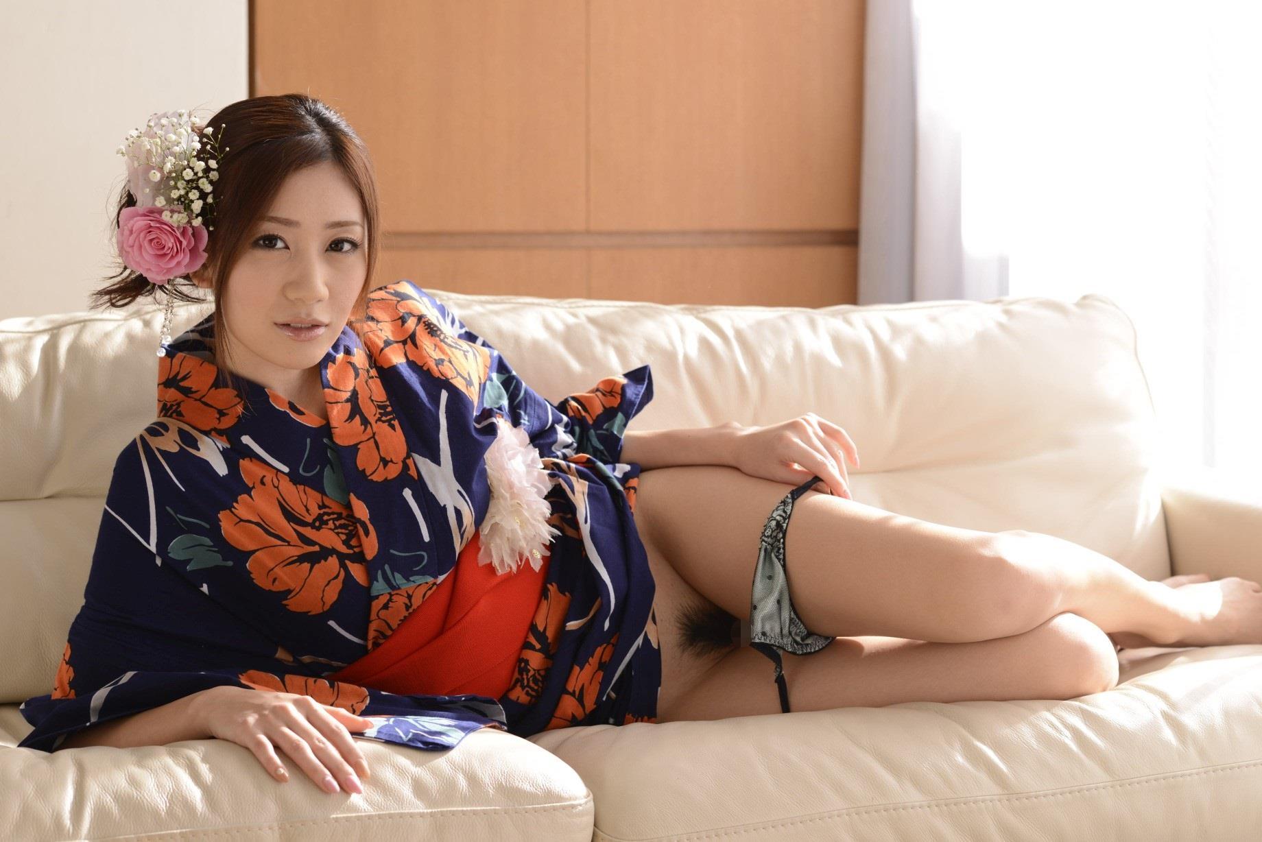 前田かおり エロ画像 36