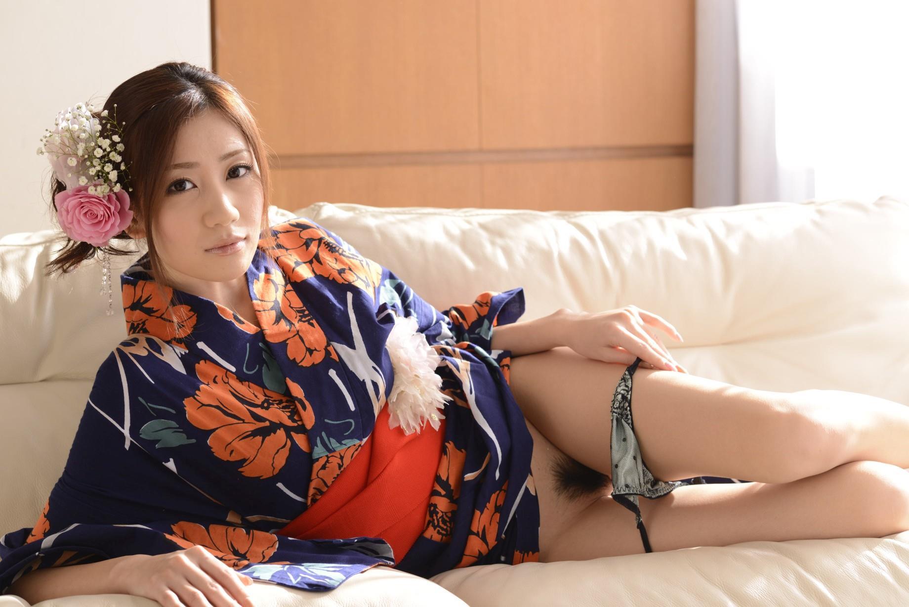 前田かおり エロ画像 38