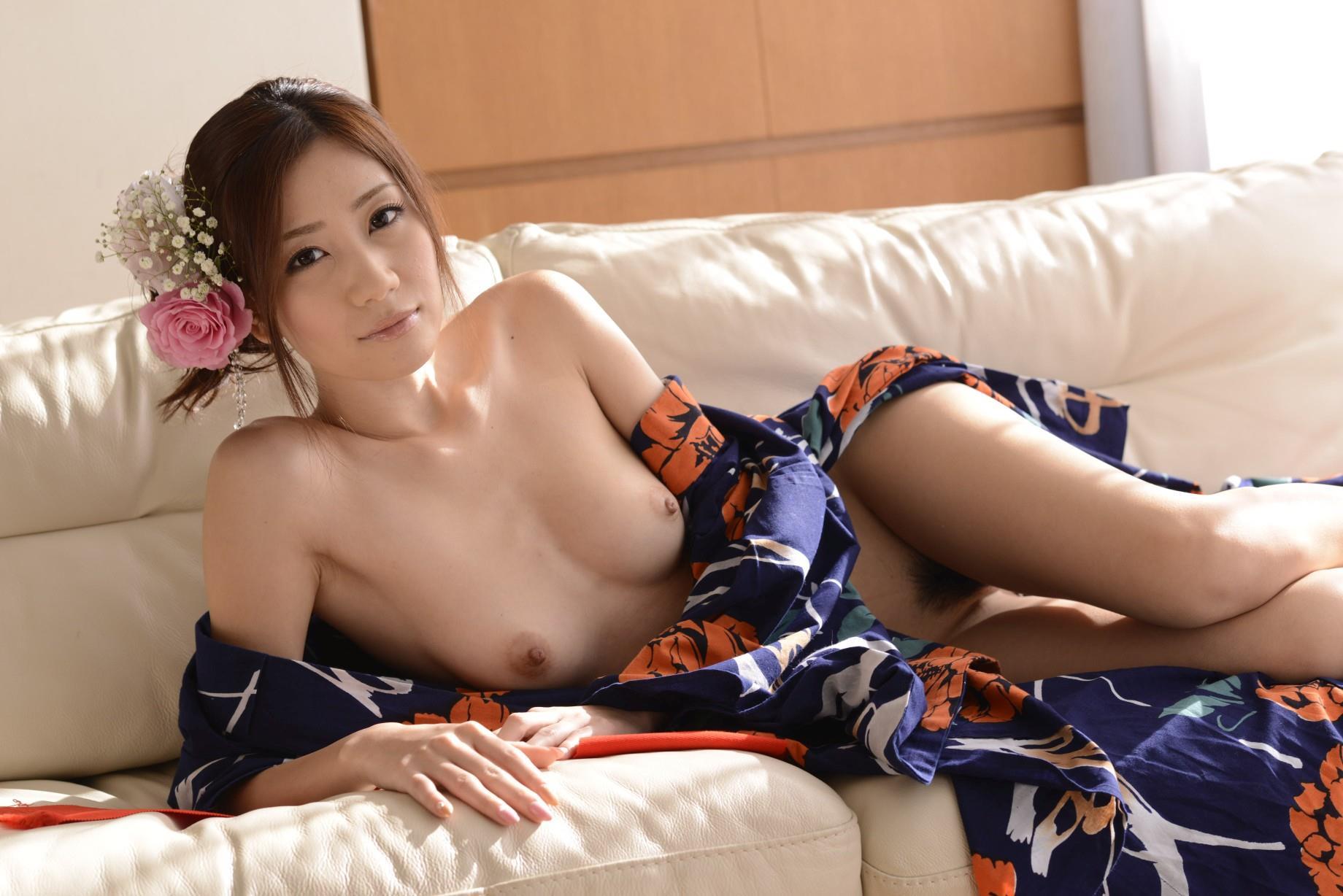 前田かおり エロ画像 48