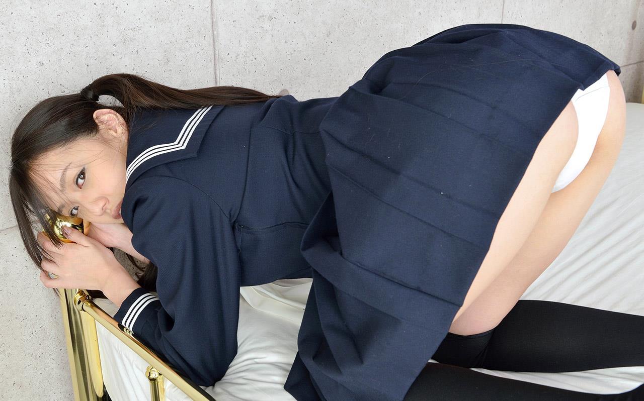 間宮夕貴 制服エロ画像 51