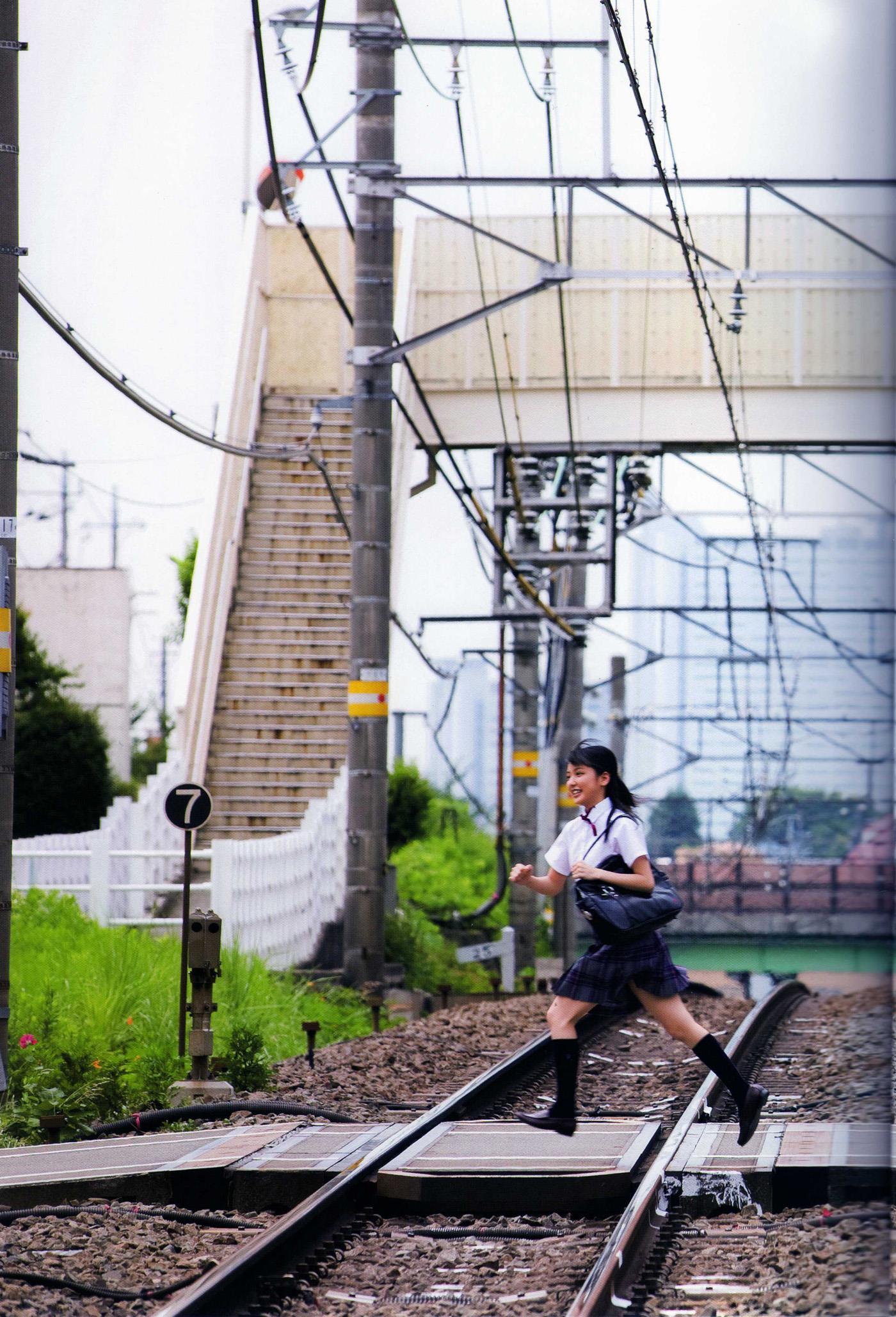 真野恵里菜 エロ画像 17