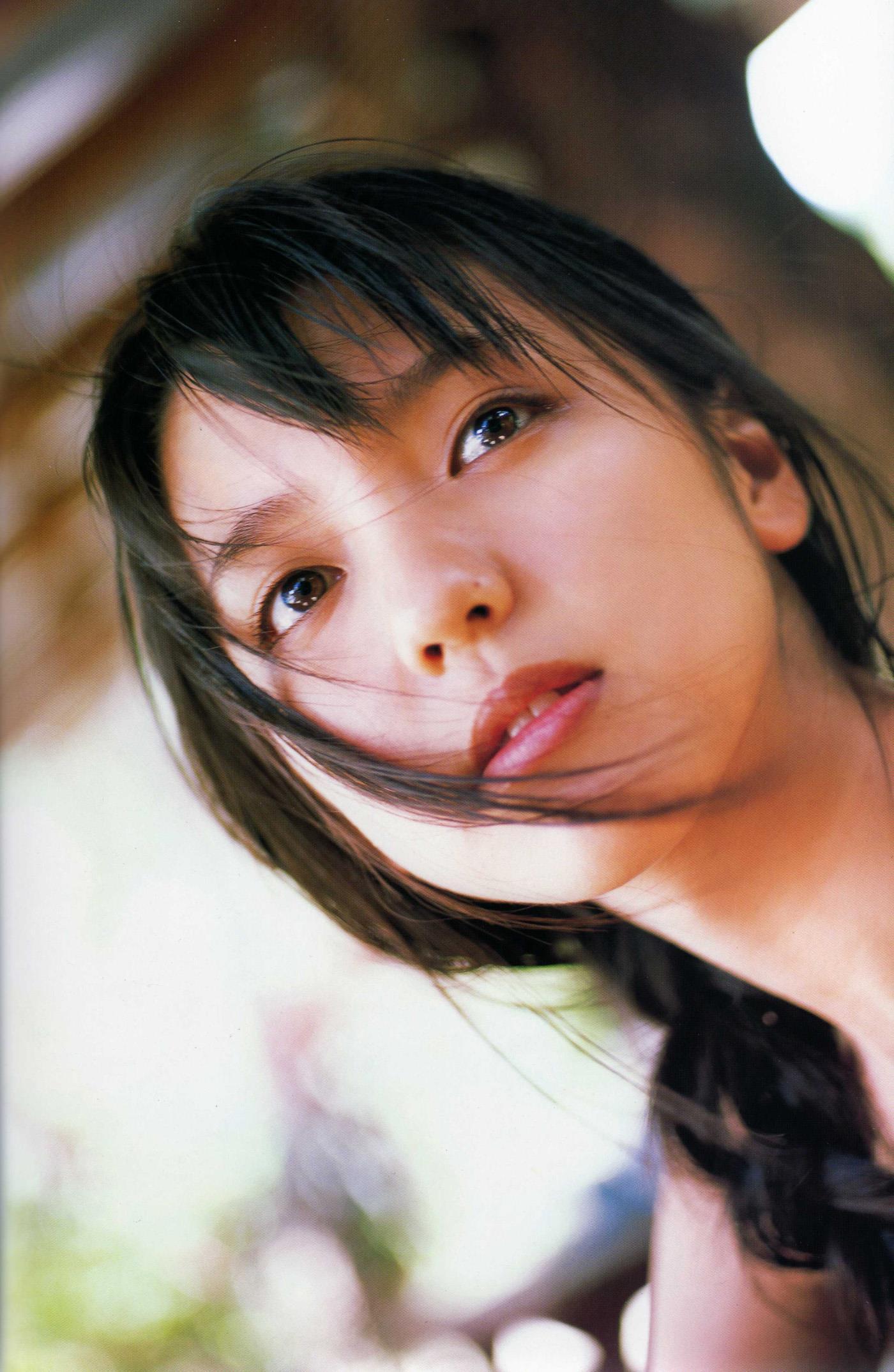 真野恵里菜 エロ画像 82