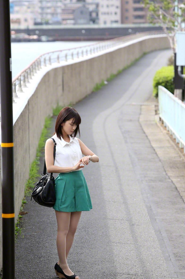 真野恵里菜 セクシー画像 5