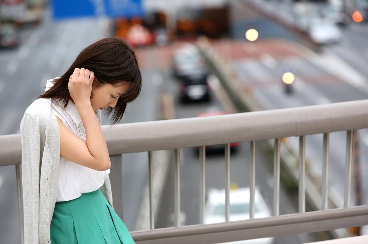 真野恵里菜 セクシー画像 10
