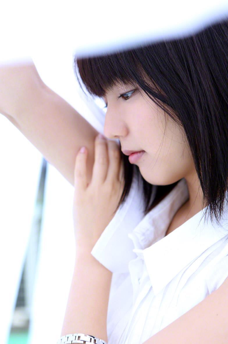 真野恵里菜 セクシー画像 18
