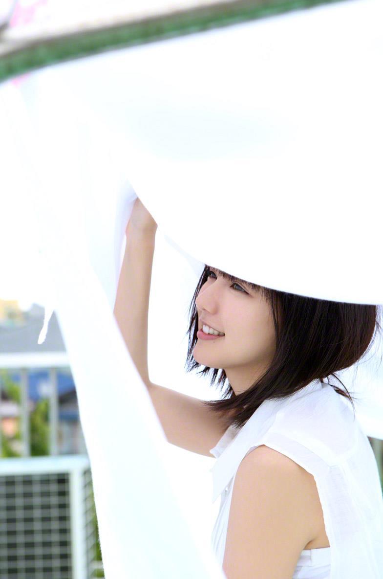 真野恵里菜 セクシー画像 21