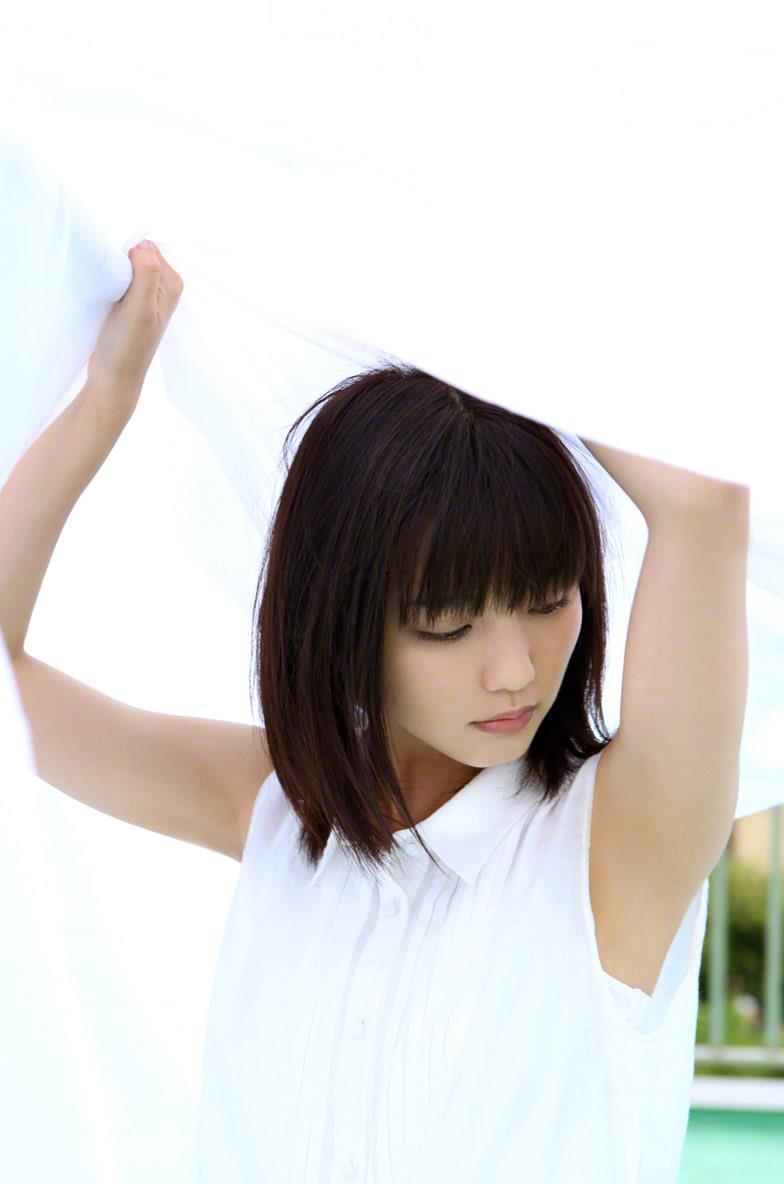真野恵里菜 セクシー画像 23