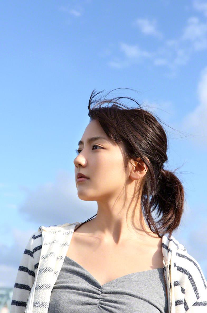 真野恵里菜 セクシー画像 39