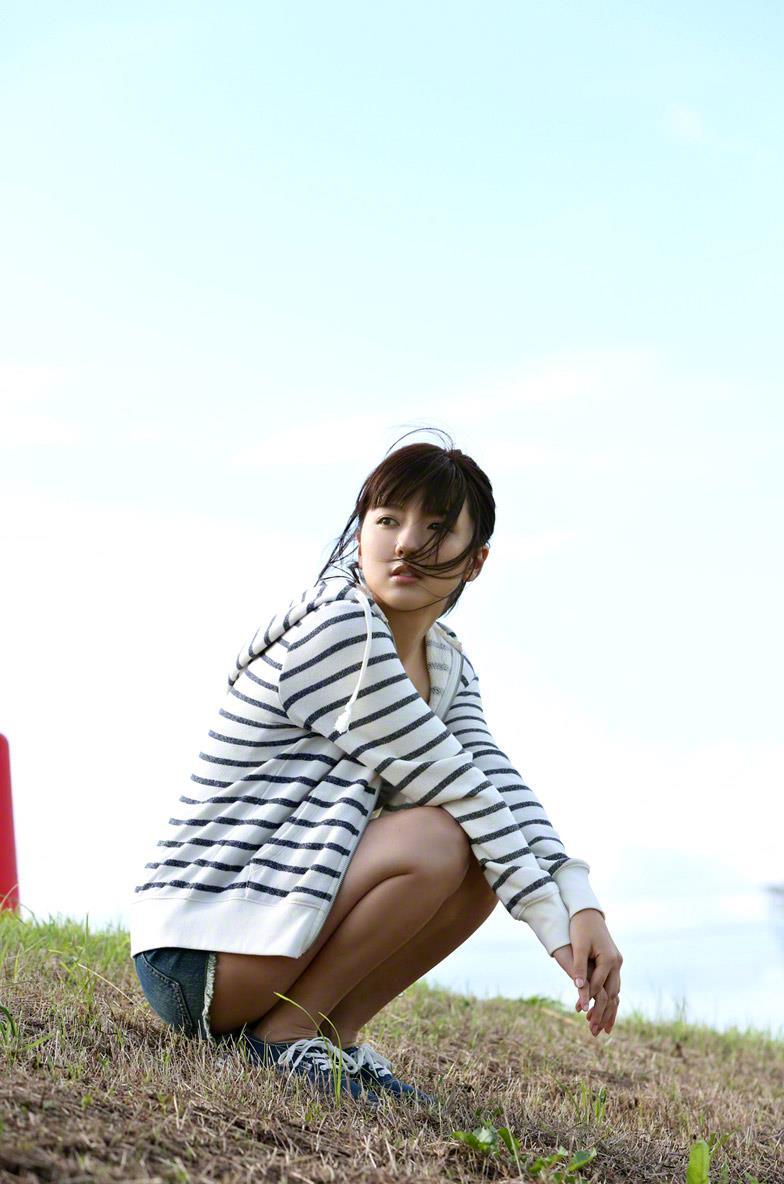 真野恵里菜 セクシー画像 43
