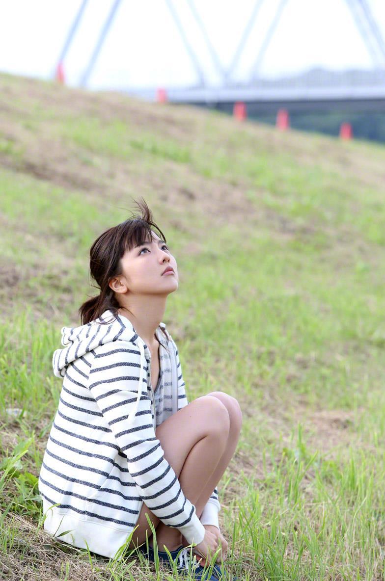 真野恵里菜 セクシー画像 45